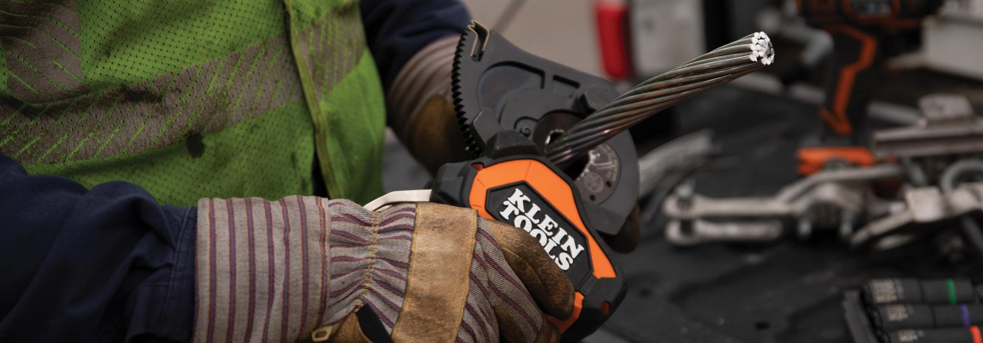 Next Generation, \r\nBattery-Operated \r\nCable Cutters