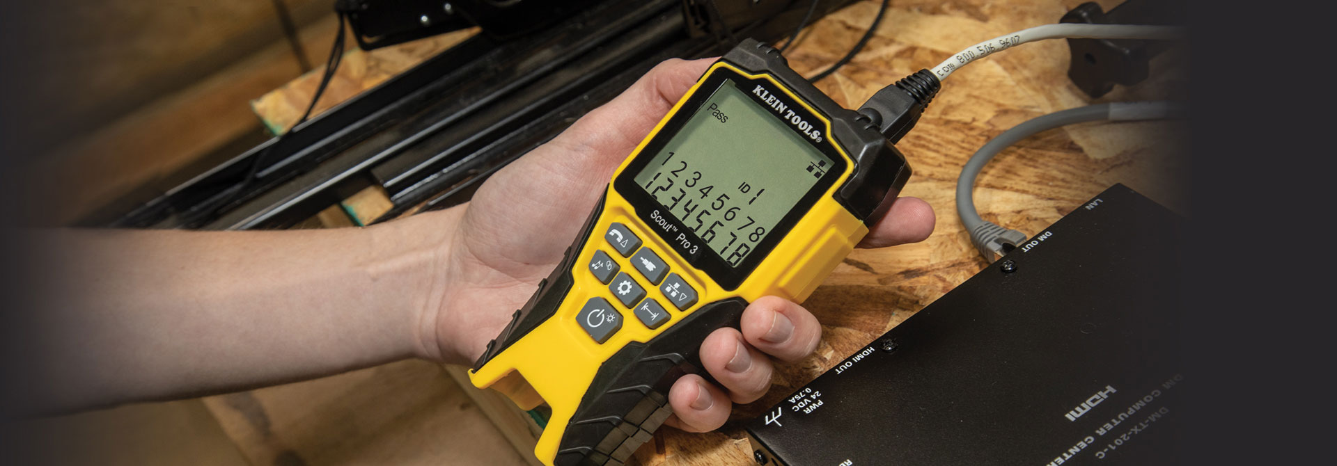 Scout Pro 3 Cable Tester