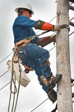 Thanking the linemen who work in dangerous environments to keep us safe