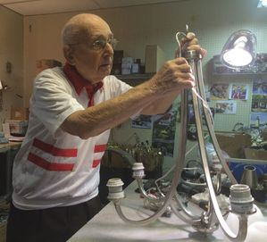 Hy Goldman working at 101 years old